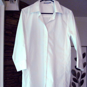 Non Iron Shaped Fit White Long curved hem